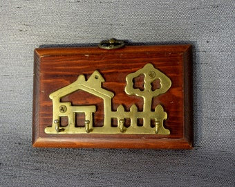 Terrific Wood & Brass Key Hook from 60's