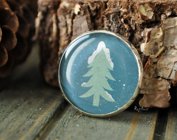 Blue fir tree brooch - forest green brooch, gift idea for her, for girl, siberia nature, blue spruce brooch, winter snow - made to order