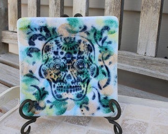 Day of the dead fused glass plate, art glass Day of the dead plate, Day of the dead plate, fused art glass, fused  sugar skull plate