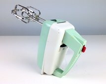 Vintage Mint Green Hand Mixer, Westinghouse Electric Mixer, Turquoise Mixer, Aqua Blue Kitchen