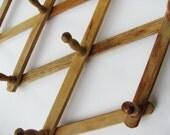 Vintage Wooden Accordian Peg Rack Retro Kitchen King Brand Made in Japan