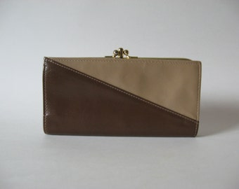 Colourblock taupe and brown Buxton Accent Canada vintage leather double kisslock wallet pocketbook