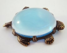 Vintage Jelly Belly turtle brooch from Uncas