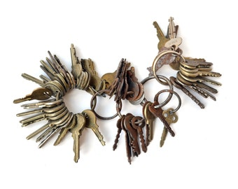 Over 60 Vintage Keys, Huge Lot of Antique Keys, Antique Key Collection