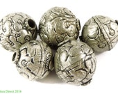 5 Tibetan Silver Repoussee Round Beads Loose 106577