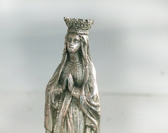 Antique French Holy Mary Statue, Virgin Mary Statue Madonna  in metal, bronze color