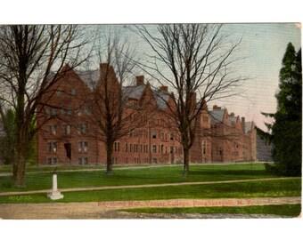VASSAR COLLEGE Poughkeepsie New York, Raymond Hall Vintage Unused Postcard