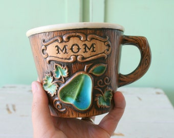 1960s Vintage MOM Coffee Mug...mod. tea. drink. retro housewares. mothers day. for her. kitschy. coffee. 70s. birthday. mother. pear. fruit.