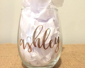 Individual - Personalized Stemless Wine Glasses with Names in Gold - Contemporary Script - Bridesmaids Glasses