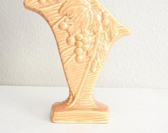 Vintage 1940s McCoy Pastel Peach Cornucopia Vase // Pottery Vase // Grape Leaves - Planter