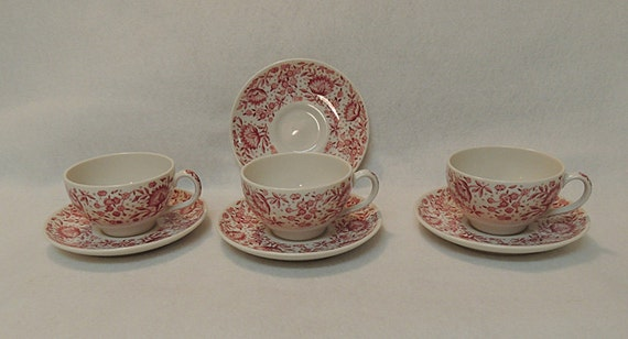 3 Cups & 4 Saucers Syracuse China Mayflower Carefree Red/pink