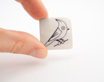 Porcelain Brooch with Hoopoe Bird - Ceramic Brooche - Pinback button