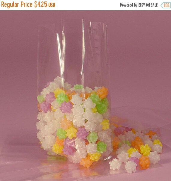 XOXO SALE Large Clear Cellophane Bags - Set of 25 - for Party Favors, Holiday Cookies, Candy and Treats