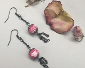 CA Floral Dangle Earrings_Pink