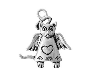 8 Cat Angel Charms in Silver Tone - C2346
