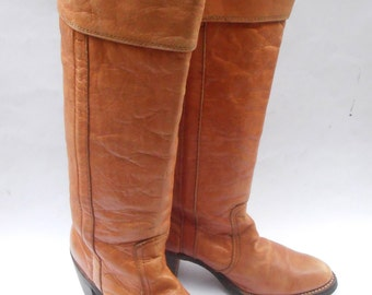 Vintage Butterscotch Ladies Boots FRYE Brown Cuff Women Distress Leather Ochre Knee High Campus 4L Shoe Size 6.5B Western Almond Round Toes