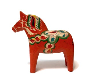 "Vintage Nils Olsson Dala Swedish Horse 6 3/4"" bright red / orange, hand carved and painted"
