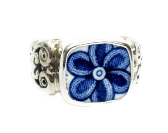 Size 11 Broken China Jewelry Myott Finlandia Blue Flower Closeup Sterling Ring