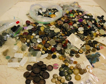 vintage antique button lot, destash, large mixed collection, crafters buttons, bakelite, early plastics, antique metal, MOP, many sets
