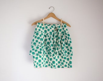 tropical tiered novelty skirt in green and white