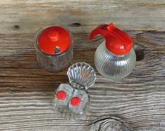 1950s Red Top Kitchen Syrup Dispenser Jam Jelly Jar Salt and Pepper Shakers on Stand Mid Century Country Farmhouse Kitchen