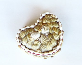 Sea Shell Heart Shaped Jewelry Trinket Box Nautical Home Decor Natural Beach Shell Vanity box