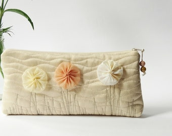 Bohemian Wedding Clutch for Bride, Cream Bridesmaid Gift Bag with Flowers, Romantic Thank you Gift, Prom Purse for Cosmetics