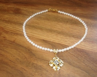 vintage necklace choker faux pearls goldtone rhinestones signed richelieu