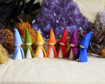 Seven little dwarfs rainbow Set / Waldorf Inspired natural Table doll