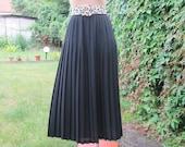 Pleated Skirt / Long Pleated Skirt / Maxi Skirt / Black Skirt / Long Black Skirt / Accordion / Pleated Skirts / Size EUR40 / 42 / UK12 / 14