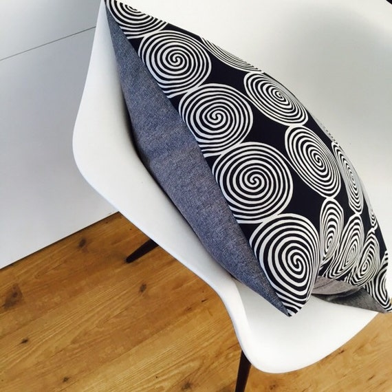 "Black and White Retro Mod Pillow Cover 20""x20"" Square Cushion Pillow Tribal Sprial Motif Grey Pillow Upcycled Vintage Fashion Scarf"