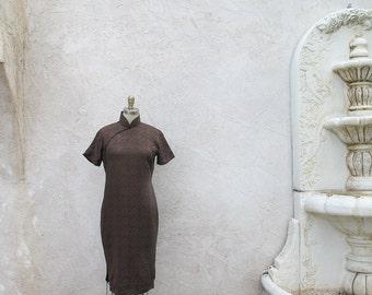 Silk Cheongsam, Classic Chinese Dress, 1950 Brown Silk High Neck Sheath