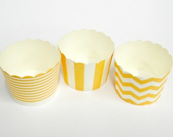 Cupcake Baking Cups, 20 Ivory Baking Cups, Candy / Nut Cup, Baking Cups, Ring Stripe, Vertical Stripe, Chevron, Muffin Liners, Cupcake