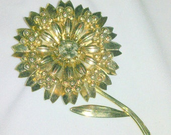 Vintage Gold Tone and Rhinestone Flower Brooch