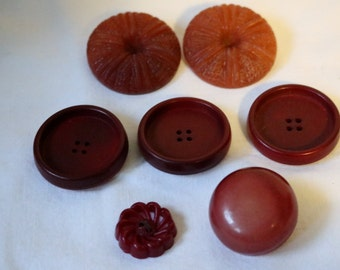 Red Button Vintage Lot Faded Red Seven