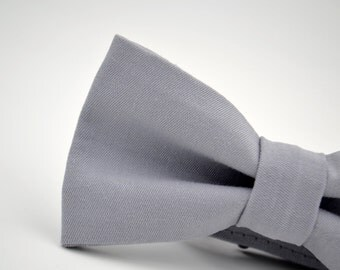 Mens Bowtie in Light Gray Twill