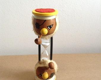 Vintage Wood Sailor hourglass.  Egg Timer.    Mid century modern, kitsch, Eames era. 1960's.