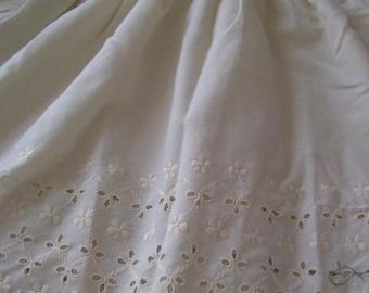 100% Cotton Eyelet Bedskirt-Beige
