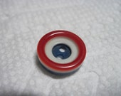 VINTAGE KOOL Mid Century Art Deco Red White & Blue Target Style Deep Well Center Laminate  Button ...#158
