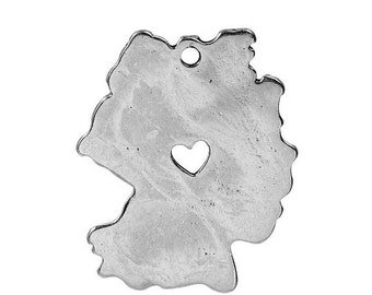 10 GERMANY MAP Charms, Silver Plated German Country Pendants, Frankfurt Heart Cutout, 28x23mm, chs2438