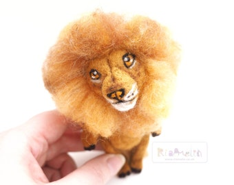 Needle Felted Cute Lion.