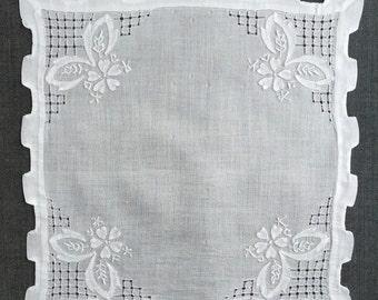 Vintage White Wedding Handkerchief 1151