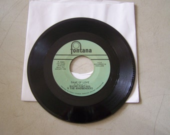 "Vintage 1960's 45 rpm Vinyl Record ""Game Of Love"" By Wayne Fontana and The Mindbenders"