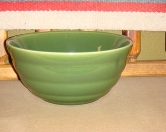 Bauer Pottery Pastel Gloss Pastel Kitchenware Bowl #12 Deep Green