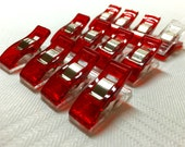 Quilt binding clips, wonder clips, 1 dozen mini clips in a cute tin
