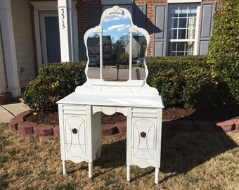 Vintage Chic and Shabby Distressed White Vanity