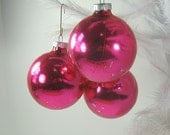Vintage SHINY BRITE ORNAMENTS Hot Pink MERCuRY Glass Box Set/5 Fuchsia Christmas Tree