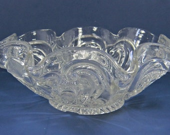 Antique NORTHWOOD VALENTINE Berry Bowl EAPG Circa 1906 Crystal