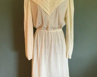 1970's Ivory dress, Small