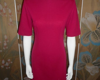 Vintage 1970's Magenta Pink Day Dress - Size 4